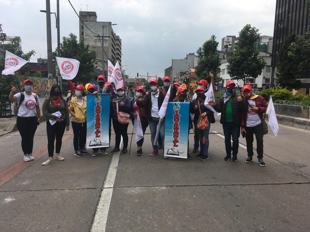 Contundente presencia de Sintrenal Cundinamarca en el Paro del 28A